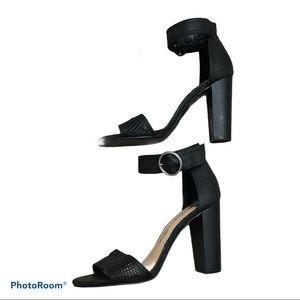 Penny loves Kenny black ankle strap heels 6 1/2